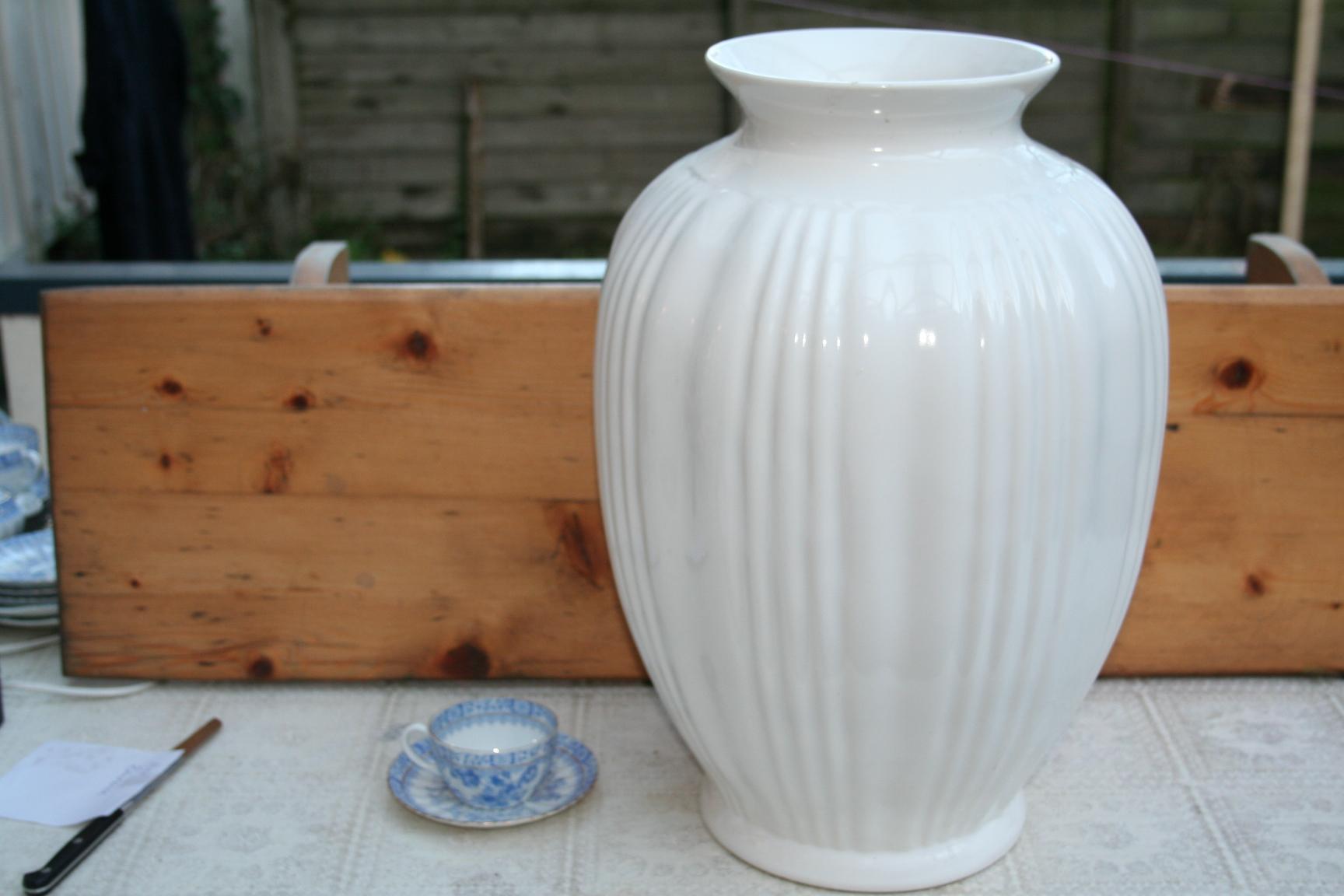 Nieuw Grote vaas, Wit Delfts aardewerk, Porceleyne fles - het derde Servies VC-32